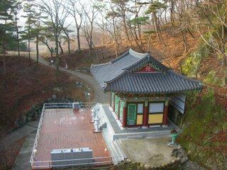 golgulsatemplesouthkoreafebruary2007120