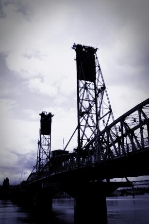 Hawthorne Bridge - Portland, Oregon