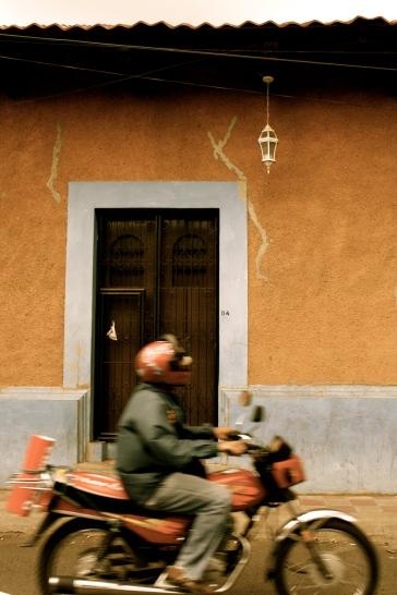 Moto - Leon, Nicaragua