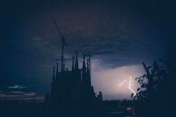 Lampadores de Sagrada Familia, Barcelona - Erin J. Bernard