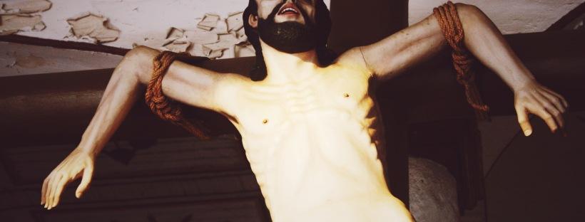 erinjbernard, jesus status, crucifixion, el salvador